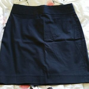 Blue pencil skirt, great waist detail